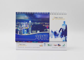 China Bulk Kraft Paper Office Desk Calendar Oil Varnishing With Flexor Printing supplier