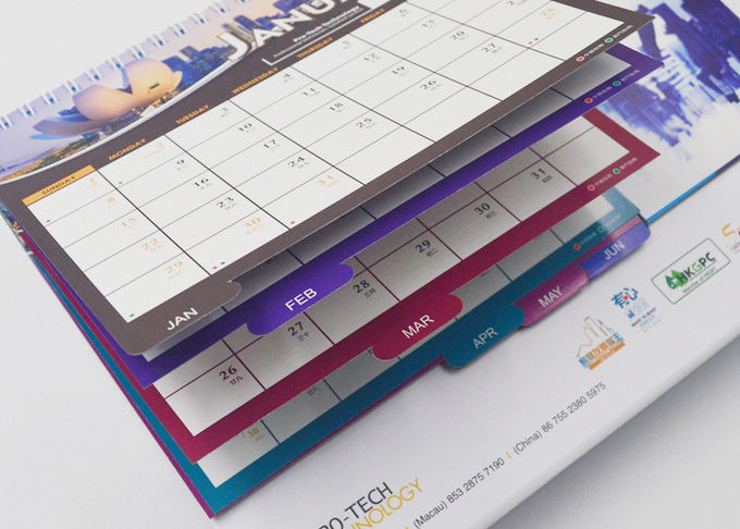 Bulk Kraft Paper Office Desk Calendar Oil Varnishing With Flexor Printing